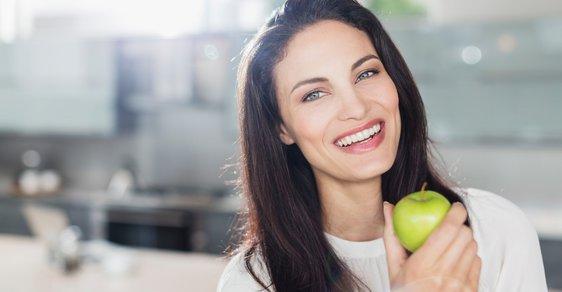 Skandál! V jablíčkách jsou zbytky chemikálií! Ale v čem prosím nejsou?