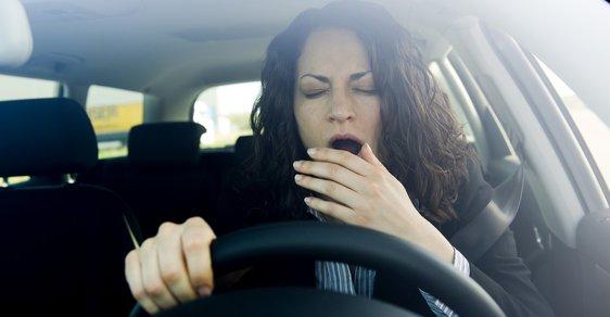 Auta budou detekovat únavu řidiče