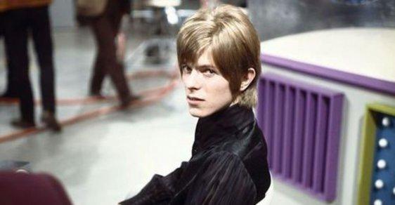 Archivní fotogalerie: David Bowie v 60. letech, než začal blbnout s kostýmy