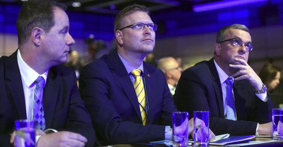 Petr Gazdík (STAN), Pavel Bělobrádek (KDU-ČSL) a Miroslav Kalousek (TOP 09). Spojí se?