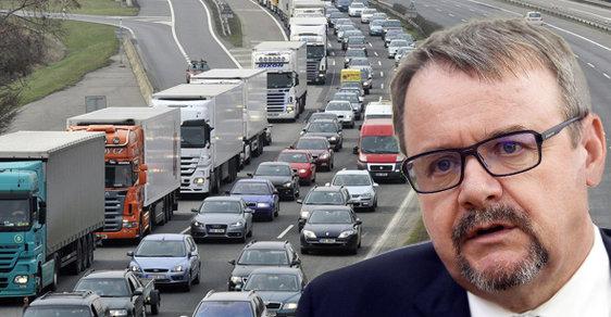 Řidiči a dopravci naříkají? Hlavně ať platí! Aneb jak se z českých tankodromů stávají dojné kravky