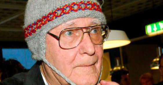 Skrblík Kamprad: Otec IKEA si šatník skládá na bleších trzích