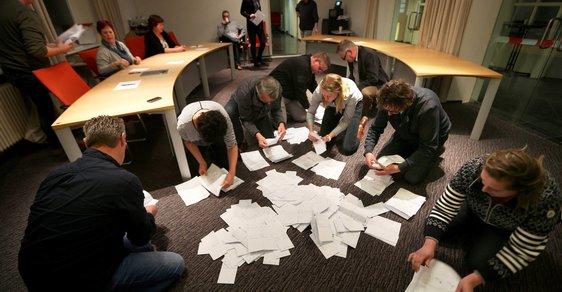 Nizozemci v referendu odmítli dohodu o přidružení Ukrajiny k Evropské unii poměrem 64 procent ku 36 procentům hlasů.