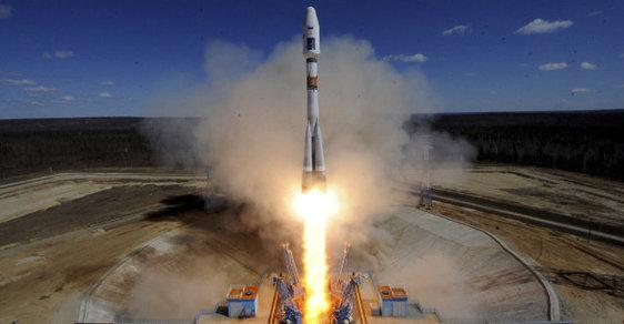 Rusko z nového kosmodromu vyslalo první raketu (konečně)