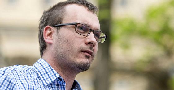 Adam Bartoš: Volby byly falšovány proti vlasteneckým stranám!