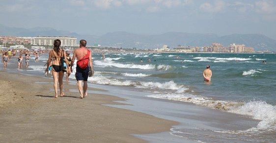 Uprchlická krize i bezpečnostní situace zneklidňují turisty.