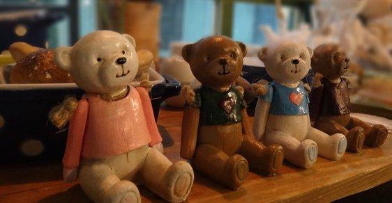 Když si příští rok na jaře koupíte třeba toho medvídka, pošlete účtenku Andreji Babišovi. A třeba vyhrajete cenu dodanou Kosteleckými uzeninami.