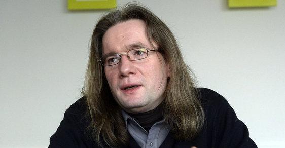 Miloš Zeman nemá Bohuslava Sobotku rád a udělá vše, aby se ho zbavil, říká přední český politolog Josef Mlejnek.