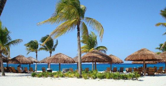 Klienti cestovní kanceláře v úpadku mají nárok na vrácení plné ceny, potvrdil Ústavní soud (ilustrační foto).