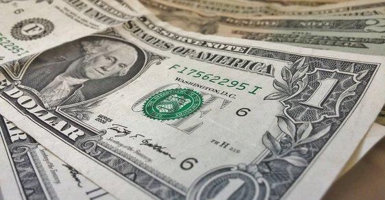 V Česku loni vzrostl počet dolarových milionářů o více než osm procent na rekordních 23 200 lidí.