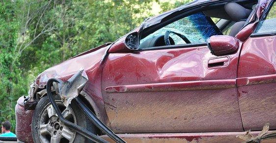 Pondělí 15. srpna bylo na českých silnicích zatím nejtragičtějším dnem v roce, podle předběžných policejních statistik zemřelo při nehodách osm lidí. (ilustrační foto)