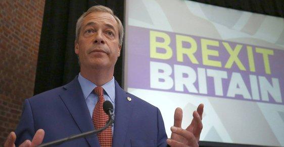 Nigel Farage, europoslanec a někdejší předseda strany UKIP, byl jednou z hlavních tváří kampaně za odchod Británie z Evropské unie