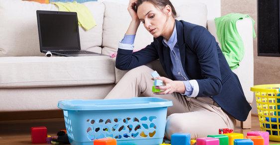Když děti nejsou doma... je konečně čas uklidit a jít spát.