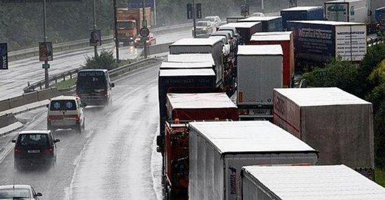 Čeští dopravci o zakázky na západě nepřijdou. Alespoň zatím