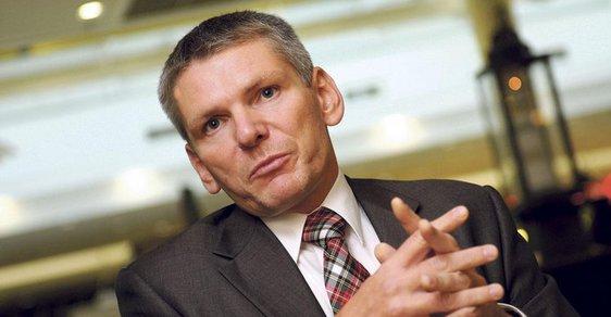 Kandidát na prezidenta Jiří Hynek jinýma očima: Šachista a matfyzák s IQ přes 150