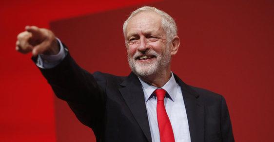 Šéf britských labouristů JEremy Corbyn