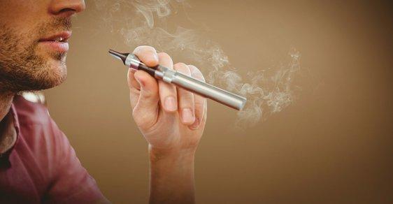 V září 2016 nabyla účinnosti novela zákona o potravinách a v jejím rámci novely tří zákonů, které razantním způsobem omezí možnosti propagace elektronických cigaret.