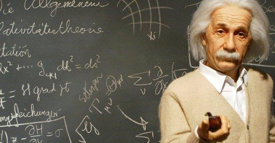 Byl génius Albert Einstein šťastný o samotě?