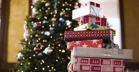 Kupujete-li vánoční dárky přes internet, měli byste se držet určitých pravidel
