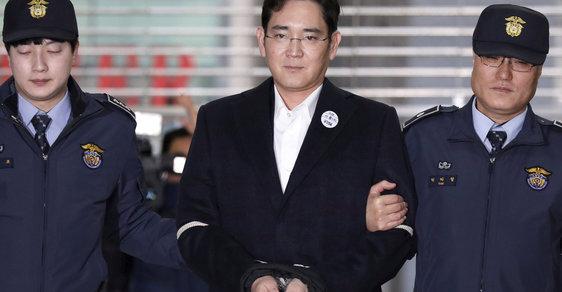 Dědic Samsungu I Če-jong bude propuštěn z vězení