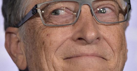 Bill Gates leze Sorosovi do zelí. Díky koronaviru ho předběhl v závodech o ovládnutí světa