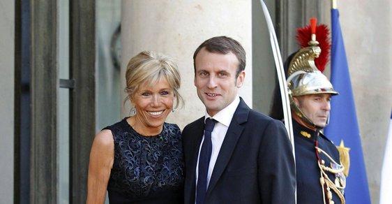 Prezident Emmanuel Macron s manželkou