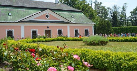 Kam o víkendu: Otevření barokních zahrad a ta nejlepší zábava v psychiatrické léčebně