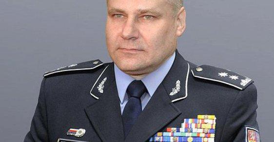 Nový policejní prezident i likvidátor Sobotky. Internet si dělá legraci z Kajínkova propuštění