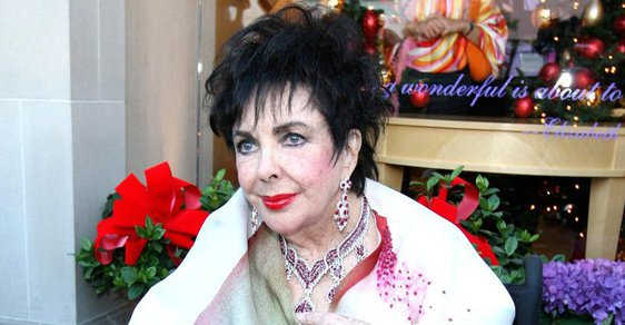 La Peregrina: Putování nejslavnější perly na světě od Marie Tudorovny k Elizabeth Taylorové