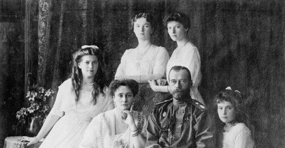 Cara Mikuláše II. zavraždili bolševici. V Rusku ale pořád bují spekulace, že se jednalo o židovskou rituální vraždu