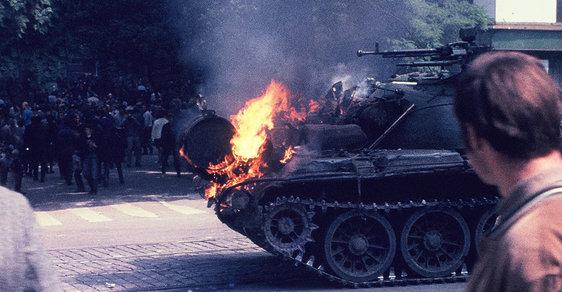 Vzpomínky na Srpen 68: Každý se ptal, je to válka? Bylo to horší, nebránili jsme se. Celých dvacet let!