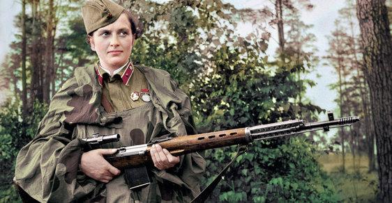 Femme fatale Ljudmila Pavličenková: Sovětská odstřelovačka, která dostala 309 nacistů