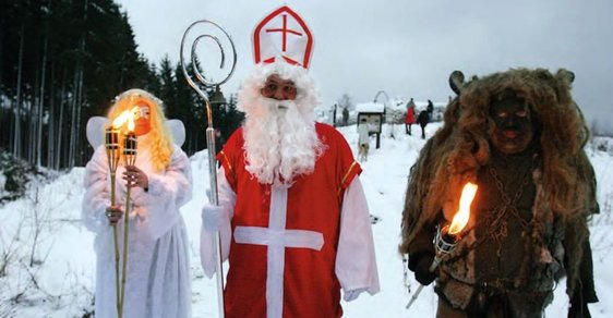 U kostela se často konají mikulášské slavnosti