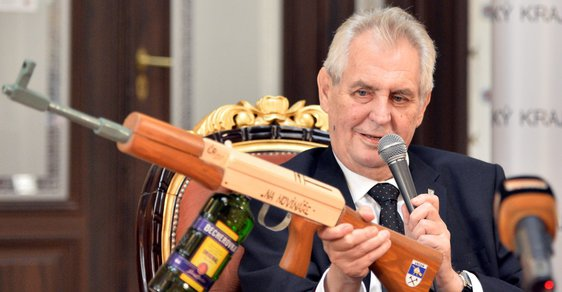 Karel Steigerwald: Sprostý Lang není prezident. A tak mu jeho veřejná sprostota jen tak neprojde