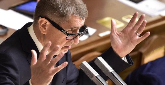 Andrej Babiš ve sněmovně, která projednává jeho vydání k trestnímu stíhání