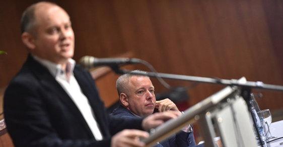 V Táboře se 20. ledna setkali stoupenci nové platformy uvnitř ČSSD, kterou založili kritici současného vedení strany. Na snímku vlevo je někdejší jihomoravský hejtman Michal Hašek a úřadující předseda Milan Chovanec.