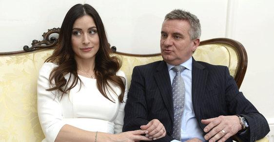 Manželé Mynářovi pracují pro prezidenta i pro Hrad
