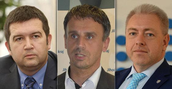 Kdo se stane předsedou ČSSD? Veřejnost nejvíce fandí Milanu Chovancovi, Jiřímu Zimolovi a Janu Hamáčkovi