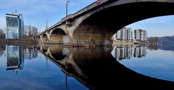 Další dopravní rána pro Prahu: Libeňský most půjde k zemi, rozhodli o tom pražští radní z ANO a ČSSD