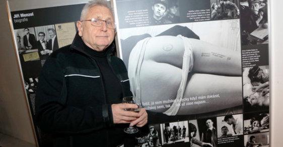 Oscarový režisér a herec Jiří Menzel slaví 80. narozeniny. Na plátno převedl poetiku Hrabala i Svěráka