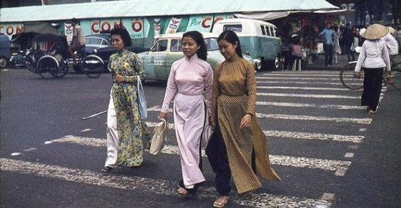 Jiná tvář války ve Vietnamu: Úchvatné snímky Saigonu před pádem do rukou komunistů