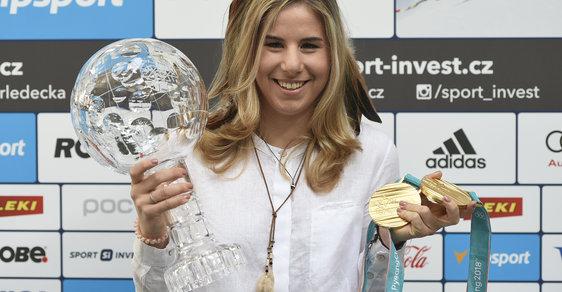 Eser Ledecká vyhrála na jedné olympiádě zlato ve dvou různých sportech