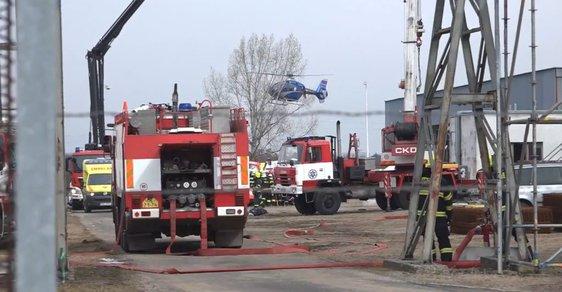 Výbuch v kralupské chemičce zabil šest lidí. Jde o nejhorší havárii po roce 1989