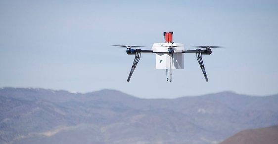 Čínští meteorologové začínají používat drony