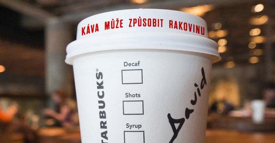 Káva v Kalifornii bude muset mít nově varování před rakovinou, rozhodl soud