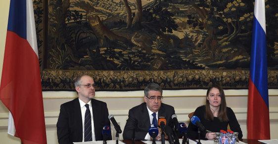 Ruský velvyslanec Alexandr Zmejevskij tvrdí, že Rusko nikdy Českou republiku neobvinilo z otravy Sergeje Skripala