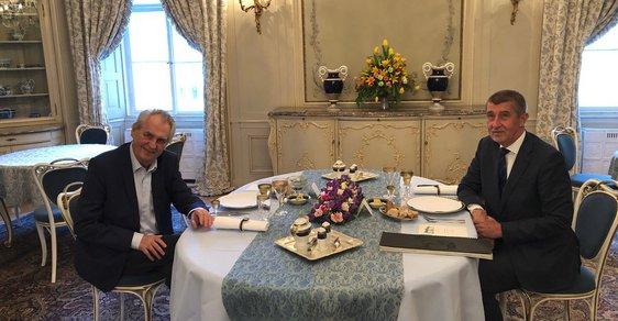 Prezident Miloš Zeman při večeři doporučil Andreji Babišovi o vládě vyjednávat s SPD a KSČM