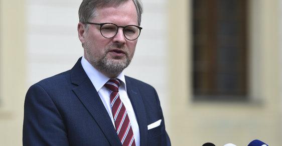 Předseda ODS Petr Fiala na Pražském hradě po schůzce s prezidentem Milošem Zemanem.