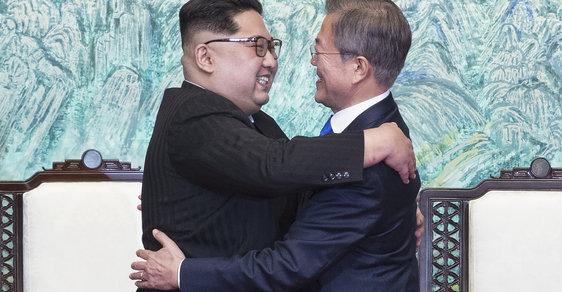 Ostře sledované setkání korejských lídrů