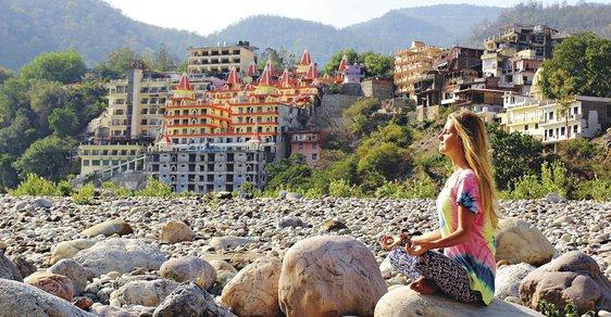Duchovní očista u břehů Gangy aneb Za jógou do Indie